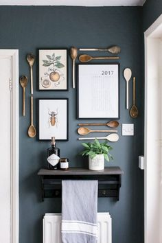 Interior 15 Ways To Decorate Walls Without Picture Frames - Rock My Style Küchen Design, Layout Design, Interior Design, Design Ideas, House Design, Home Decor Kitchen, Home Kitchens, Modern Kitchen Wall Decor, Kitchen Sink