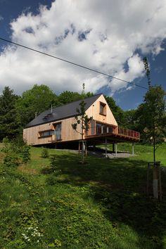 The Domesi Concept House designed by Domesi; Jizera Mountain region, on the outskirts of Pulečný / Czech Republic