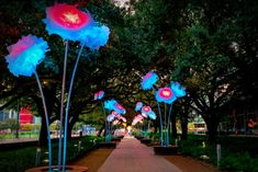 Top 8 Things to Do in Houston – AllTheRooms – The Vacation Rental Experts Texas Travel, Travel Usa, Discovery Green, Stuff To Do, Things To Do, Houston Museum, Minute Maid Park, Dog Friendly Hotels, World Festival