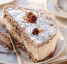 Succès aux noisettes SUCCESS (For 8 P: 125 g of almond powder, 125 g of hazelnut powder, 125 g of Thermomix Desserts, Köstliche Desserts, Delicious Desserts, Yummy Food, Sweet Recipes, Cake Recipes, Dessert Recipes, Pavlova, Food Cakes