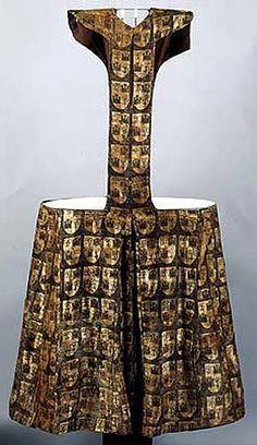 Pellote of Fernando de la Cerda (1252-1275) from gold brocade, decorated by generic coat of arm, Convent Las Huelgas near Burgos