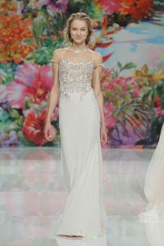 Vestidos de novia para mujeres bajitas 2017: 40 diseños perfectos para tu gran día Image: 18