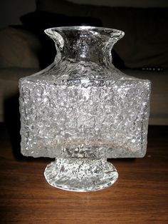 SIGNED Timo Sarpaneva Iittala Ice Glass Vase.