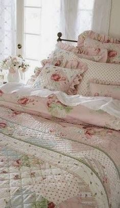 The Lab on the Roof: 15 Shabby Chic Bedroom Decor Ideas