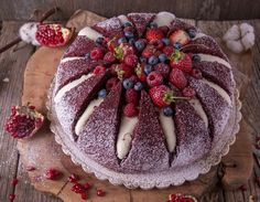 Cum prepari tortul Kilimanjaro, un desert ce stă să erupă! Romania Food, Cake Decorating Videos, Kilimanjaro, Sweetest Day, Cheesecakes, Great Recipes, Food To Make, Good Food, Dessert Recipes