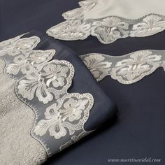 Asciugamani - Coordinati e completi per la stanza del bagno