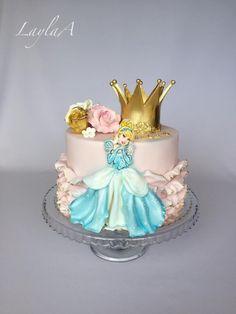 Cinderella birthday cake - cake by Layla A - CakesDecor Rapunzel Birthday Cake, Disney Princess Birthday Cakes, Funny Birthday Cakes, Cinderella Birthday, Birthday Cake Girls, 4th Birthday, Cake Designs For Girl, Beautiful Birthday Cakes, Girl Cakes