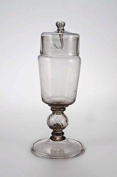 France, covered vase, glass, 18th c