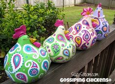 chickens gourd art paisley painted gourds by SuzysSitcomStore Chicken Crafts, Chicken Art, Arts And Crafts, Paper Crafts, Diy Crafts, Gourds Birdhouse, Hand Painted Gourds, Paperclay, Gourd Art