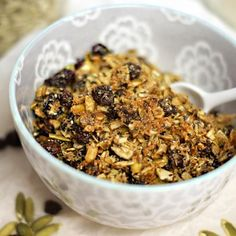 The BEST Pumpkin Seed Granola! This grain-free and nut-free recipe makes a perfect breakfast or snack for a busy work week.