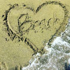 miaconfitura We ❤️Beach #momentosmiaconfitura #beachwear #porqueelveranoesunaactitud #ropadeverano #goodmorning #lifestyle