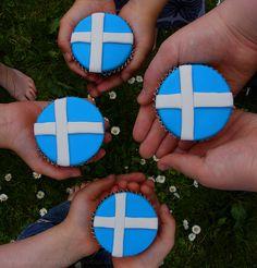 Shetland Flag-Topped Lemon & Seaweed Fairy Cakes