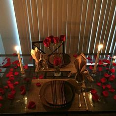 🌟🌱Romantic Surprise for her? True Love,tell me im beaut. - 🌟🌱Romantic Surprise for her? True Love,tell me im beautiful,just thoughts, - Romantic Dinner Tables, Romantic Dinner Setting, Romantic Room, Romantic Dinners, Romantic Ideas, Fun Valentines Day Ideas, Valentines Day Dinner, Valentine Recipes, Valentine Crafts