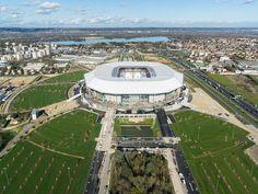 Les premiers rugissements du Parc Olympique Lyonnais