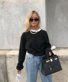 overall jean outfit Fashion Mode, Fashion Killa, Look Fashion, Winter Fashion, Womens Fashion, Fashion Beauty, Mode Outfits, Winter Outfits, Casual Outfits