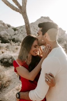 Engagement Photo Outfits, Engagement Pictures, Engagement Shoots, Engagement Ideas, Pre Wedding Shoot Ideas, Pre Wedding Photoshoot, Couple Posing, Couple Shoot, Couple Photography Poses