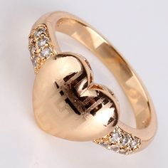 18k Gold Filled Heart Ring Size 5   Beautiful 18k Gold Filled Heart Ring.  Great gift for that special someone.