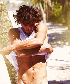 More Here: https://anotherhot.wordpress.com/2015/08/16/hot-brazilian-model-marlon-teixeira-twitter-marlonteixeira/