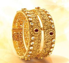 Gold kada Wedding Jewelry, Gold Jewelry, Jewelery, Gold Bangles Design, Jewelry Design, Gold Kangan, Indian Jewelry, Indian Bangles, Silver Bracelets