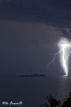 Lightning strikes sea
