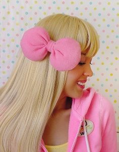 eae8e2415 Image result for hello kitty hair Big Hair Bows, Bow Hair Clips, Hello Kitty
