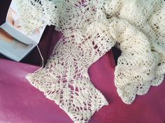 Нежное платье из шерсти ламы с открытой спиной . Ниже в ленте есть фото на мне ⤵️. Подробную схему размещала в контакте и в моей группе там же. Всем хорошего дня ☀️ #かぎ針編み #الكروشيه #alënazavelya #knit #crochet #крючком #вяжутнетолькобабушки #örgü #örgümüseviyorum #knitting_inspiration #knittingaddict #knitting #instaknit #instacrochet #crocheting #häkelliebe #Häkeln #i_loveknitting #uncinetto #yarnporn Short Sleeve Dresses, Dresses With Sleeves, Free Crochet, Lace, Tops, Women, Fashion, Moda, Sleeve Dresses