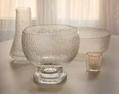 Iittala Timo Sarpaneva Kekkerit Crystal Bowl on DecorStory Vinyl Labels, Lassi, Glass Texture, Vintage Pottery, Natural Texture, Retro Design, The Conjuring, Scandinavian Design, Centerpieces