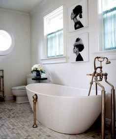 Bañera con arte   #bañera #bathtube #free #bath #freebath