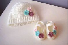Picture of Crochet Baby Shoes and Hat set, Crochet Baby Set, Baby Girl Crochet Shoes