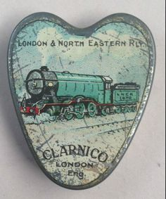 Clarnico London &North Eastern Railway cachou tin Vintage Tins, Vintage Kitchen, Retro Vintage, Vintage Images, Vintage Posters, British Biscuits, Tin Can Alley, Tin Containers, Pretty Box