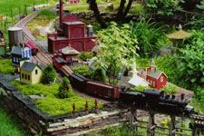 Railroad Gardening On Pinterest Garden Railroad Model