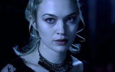 Sophia Myles (as Erika in Underworld) - arguably the sexiest female vampire. ;)