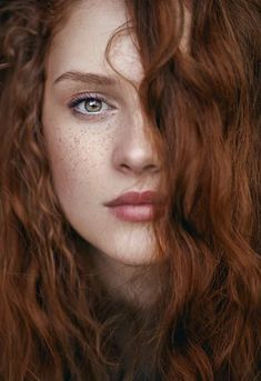 Woman / Redhead / Freckles / Colour Photography by Nina Masic Beautiful Red Hair, Beautiful Redhead, Beautiful Eyes, Beautiful Women, Pretty Hair, Portrait Girl, Female Portrait, Beauty Portrait, Cheveux Oranges