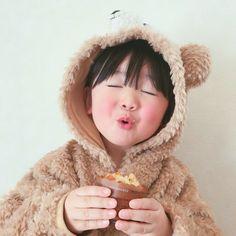 So Cute Baby, Cute Little Girls, Cute Kids, Cute Asian Babies, Korean Babies, Asian Kids, Cute Babies, Asian Child, Dad Baby