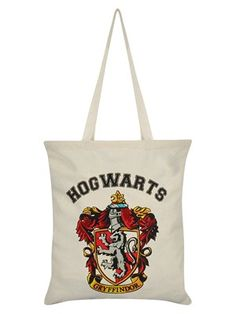 Taking a trip to Diagon Alley for your Wizarding School essentials? Look after your school books, potion bottles, inks & quills, and much more in true Harry Potter fashion, with this Hogwarts tote! Any student from the Gryffindor House would be proud to represent Godric and the House Crest. Official merchandise. Free UK Delivery on orders over £50