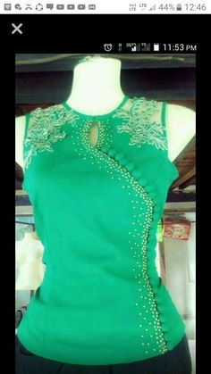 Pretty Green blouse with lace trim & side buttons Blouse And Skirt, Dress Skirt, Green Blouse, Mode Inspiration, Traditional Dresses, Dress Patterns, Blouse Designs, Designer Dresses, Ideias Fashion