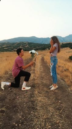 Cute And Romantic Relationship Goals For Teenagers You Dream To Have - YoGoodLife Photos Bff, Cute Couples Photos, Cute Couple Pictures, Cute Couples Goals, Couple Photos, Couple Ideas, Country Couple Pictures, Proposal Photos, Couple Goals Relationships