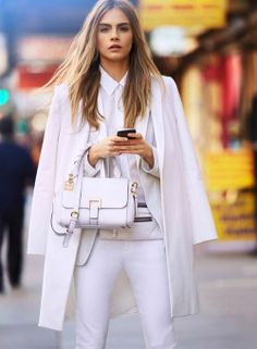 Cara Delevingne is perfect for this sporty color-block all-white campaign mix. DKNY Model: Cara Delevingne Photographer: Patrick Demarchelier Shop the latest DKNY collection HERE HERE. via Cara Delevingne, White Fashion, Look Fashion, Womens Fashion, Fashion Trends, Fashion Inspiration, Fashion Tag, Fashion Pics, Fashion 2018