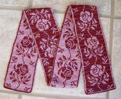 Ruth's scarf by dzrtmouseknits, via Flickr - chart available