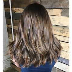 Dimension and Shine. Color by @k.henry__  #hair #hairenvy #hairstyles #haircolor #brunette #balayage #highlights #newandnow #inspiration #maneinterest