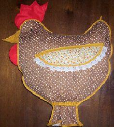 Fofa essa galinha que encontrei na net, é um puxa - saco, vou fazer um para minha casa, pretinha com bolinhas brancas....