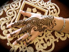 Mehndi Designs and Bridal Henna Tattoos