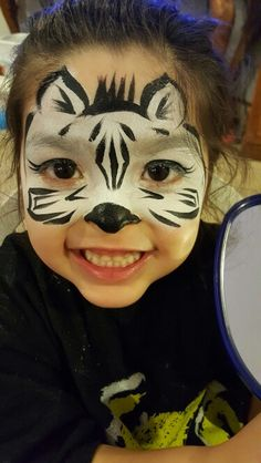 Zebra face painting!