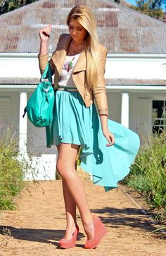 Mint skirt cream jacket