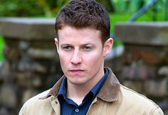 Will Estes is an American actor best known for his role as JJ Pryor, on the NBC drama American Dreams. In 2010, he joined the cast of Tom Selleck's CBS police drama Blue Bloods. Wikipedia  Born: October 21, 1978, Los Angeles