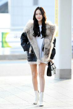 Snsd Fashion, Korean Fashion, Fashion Outfits, Womens Fashion, Kpop Girl Groups, Kpop Girls, Jessica Jung Fashion, Airport Style, Airport Fashion
