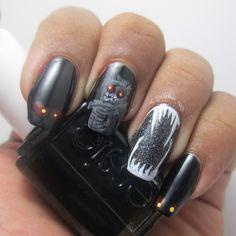 Rawrr!! Creepy critters nails