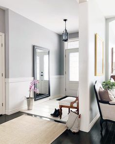 From dining rooms to hallways and beyond, discover the top 70 best chair rail ideas. Explore stunning molding and trim interior designs. Dado Rail Hallway, Chair Rail Molding, Moldings And Trim, Moulding, Types Of Furniture, Furniture Design, Inside Design, Cool Chairs, Bag Chairs