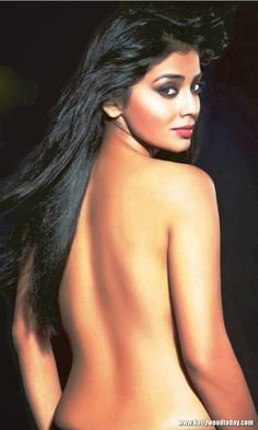 Indian Actress Shriya Saran Hot Photos and Wallpapers | Hot Images