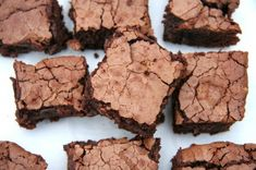A legfinomabb brownie Evo, Sweets, Recipes, Gummi Candy, Candy, Recipies, Goodies, Ripped Recipes, Cooking Recipes